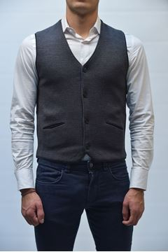 Picture of GILET BECOME MAN 547279 GREY